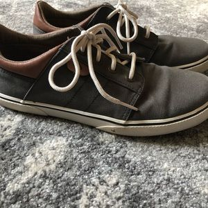 Sperry boat shoes boys 5
